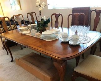 Dining room table and chairs, set of china