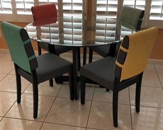 Glass Top Dining Table & 4 Chairs w Removable Covers