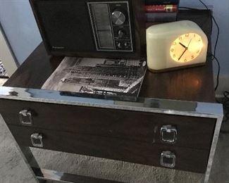 Vintage radio and clock