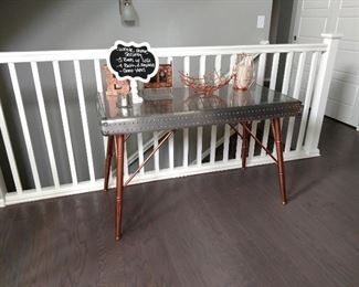 Great sized entry table