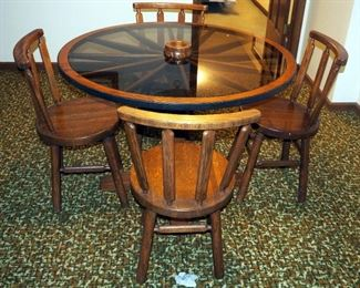 """Solid Wood Wagon Wheel Dinette Table With Glass Top, 29.5"""" x 42"""" Round And 4 Matching Chairs, 31 """" Tall"""