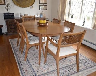 Drexel Mid Century Modern Dining Table and chairs