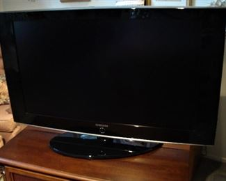 "48"" SAMSUNG FLATSCREEN WITH REMOTE"