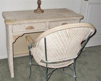 PIER ONE DESK WITH CHAIR