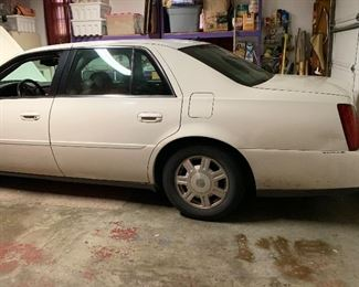 2003 Cadillac, one owner, well maintained, no smokers
