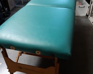 Living Earth Crafts deluxe massage table