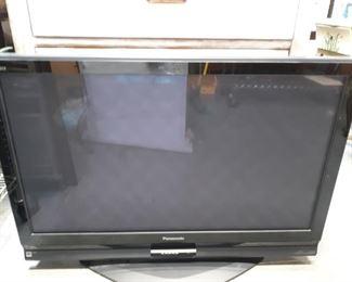 Panasonic 42in TV