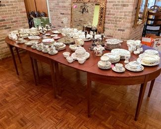 #4 - Antique Federal Style 3-Section Banquet Table