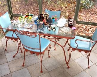 """#59 - Woodard """"Chatelaine"""" Table / Chairs Set"""