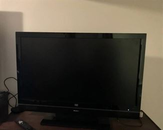 "HP 42"" Media Smart LCD Television with remote"
