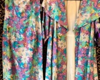 Gorgeous 1950s 2 pc SEXY Floral Brocade Set