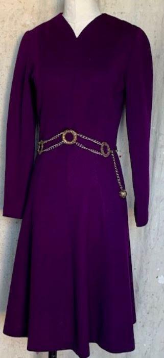 Beautiful 1970s Wool Dress with Chain-belt
