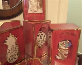 Very nice collection of Lenox Christmas ornaments.