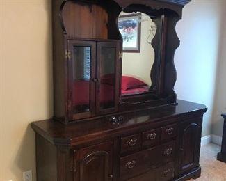 Bennington Pine Bedroom furniture  73 l x 20 d x 76 t