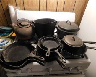 Cast Iron kettle and pots,pans