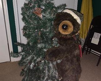 Christmas Momma bear and cub