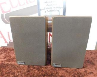 Pair of Norman Model 48 Shelf Speakers(Working)