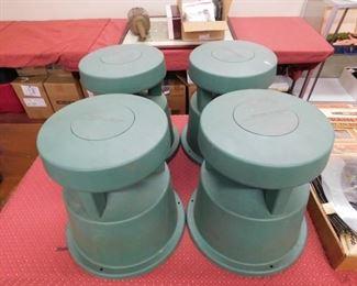 Set of 4 Bose Outdoor Speakers(Working)