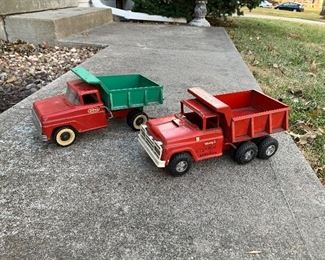 Tonka self dump truck and Buddy L Hydraulic Dump Truck