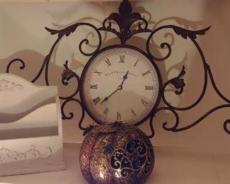 Decorator clocks