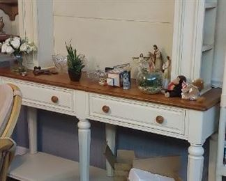 Lovely sideboard for kitchen or dining area--also could be for a flat screen TV