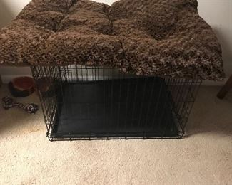 Animal crate/cage& animal bed