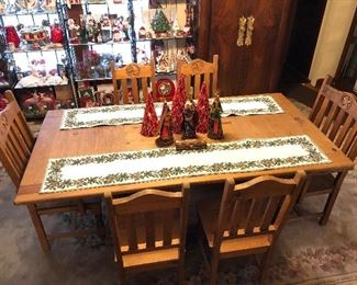 Rustic/Pine Texan Dining Table, 2 Arm and 4 Side Chairs
