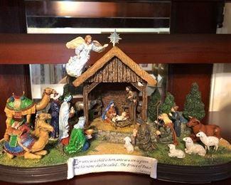 Beautiful Nativity by Danbury Mint