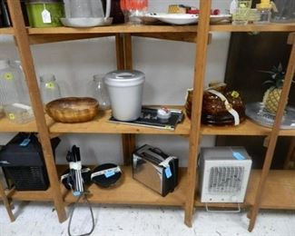 Kitchen items, decor