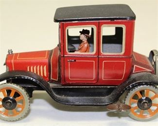 Bing Germany tin wind up car. Excellent condition.