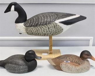 Assorted decoys. good condition.