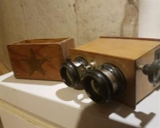 Brewster Stereoscope, with slides