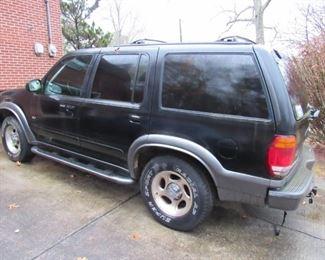 1999 Ford Explorer XLT 4x4