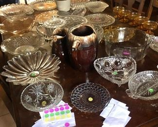 Hundreds of kitchen and dining items