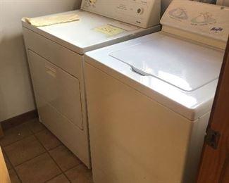 Working washer dryer