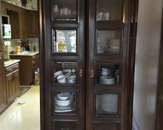 VINTAGE 2 door cabinet(s)