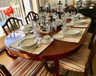 Vintage dining table -set of 6 chairs