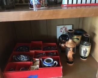 Blue Willow children's tea set -original box . and collectibles from Greece .