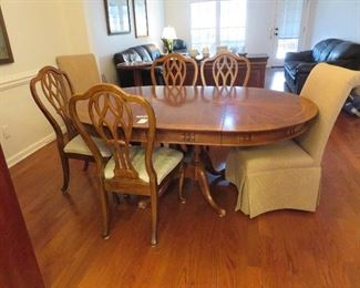 Dining Room-Dining Room Table & chairs