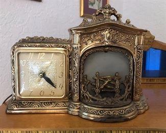 Vintage United Clock Corp. Fireplace clock