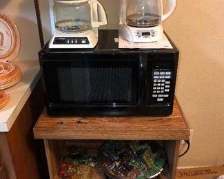 Hamilton Beach Microwave and stand