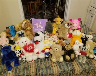 Stuffed Animals for the kids for the Holidays...many with tags on never used