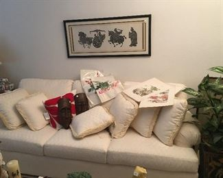 Excellent condition white sofa