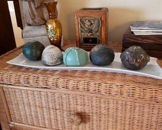 Clay pottery decorative balls