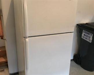 Whirlpool 14 cf refrigerator.