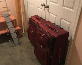 Swiss luggage 2 piece matching set
