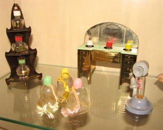 "Vintage Perfume Bottles ""Whatnot Perfumes"", ""Perfume Vanette"" Robinson"