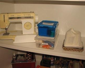 Singer portable sewing machine