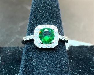 1.4 ct. Emerald Ring with Diamonds