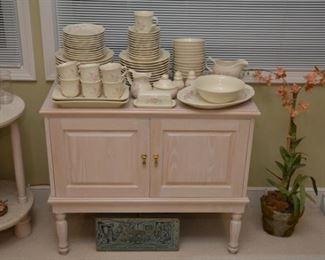 matching Pfaltzgraff dishes, glasses, and flatware, buffet